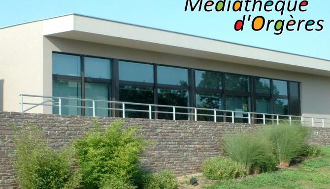 """vue extérieure du bâtiment. Mot """"Médiathèque d'Orgères"""" incruté sur la photo"""