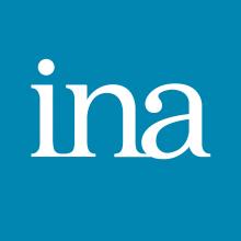 Logo INA : lettres blanches sur fond bleu
