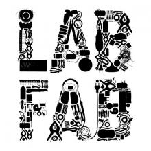 Lettres stylisées noires constituées d'outils et de composants électroniques.